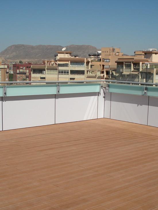 Revestimiento Terraza Hotel NH Alicante
